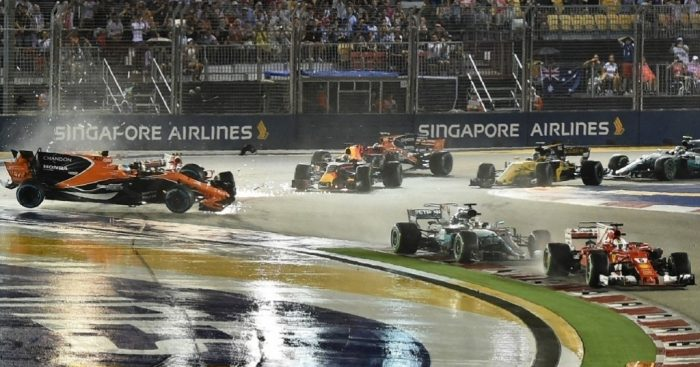 Hamilton takes advantage of Vettel's crash, wins Singapore Grand Prix