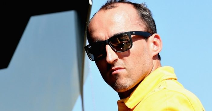 Robert Kubica hits track in crucial Williams test