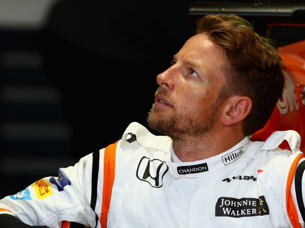 Button struggled with 'extra grip'