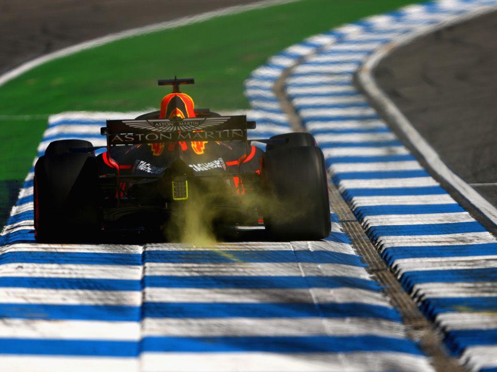 FP1: Ricciardo pips Hamilton by 0.004s