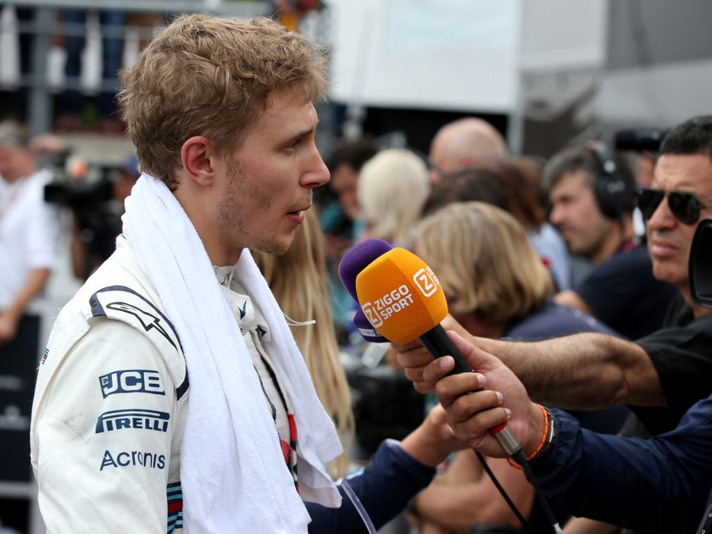 Hope fades as Williams suffer double DNF