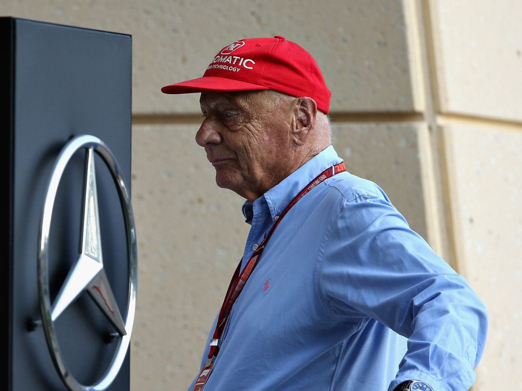 Niki Lauda recovering from lung transplant