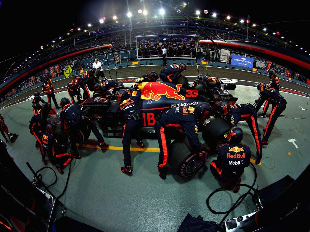 Return to Renault B-Spec for Max Verstappen?