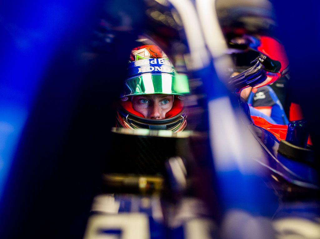 Toro Rosso revert to older spec Honda engine