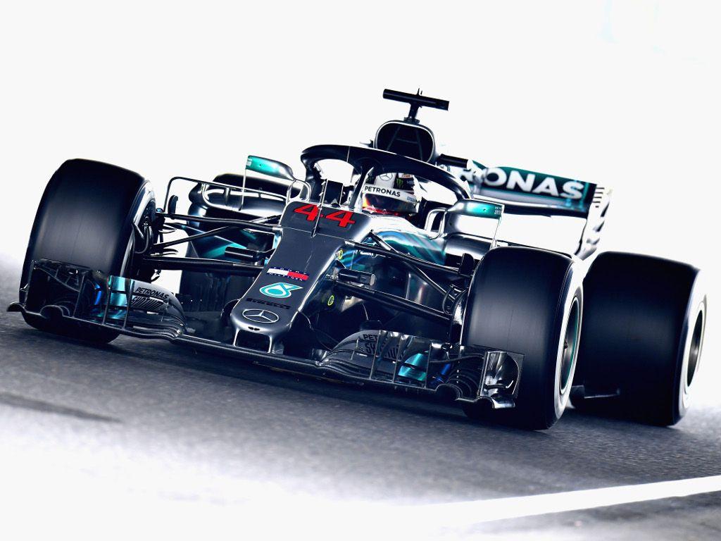 FP1: Lewis Hamilton tops Mercedes 1-2 at Suzuka