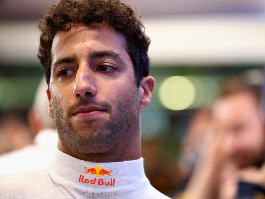 Daniel Ricciardo: Heat on Renault move