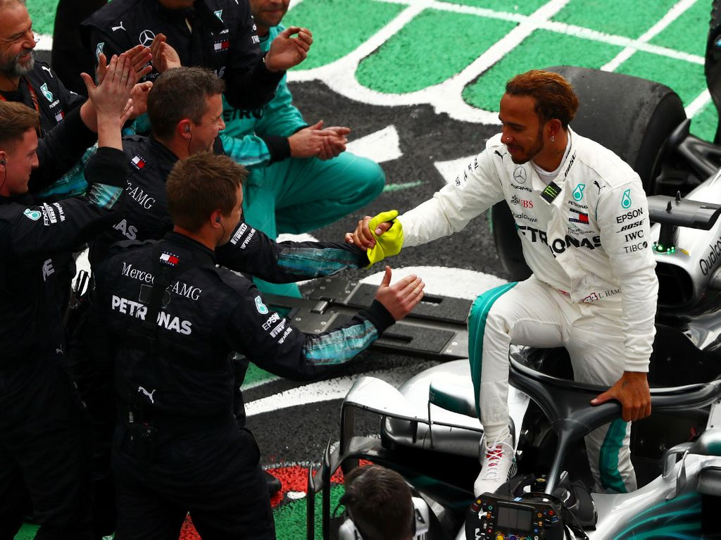 'Lewis Hamilton can seriously go for Schumi's record'
