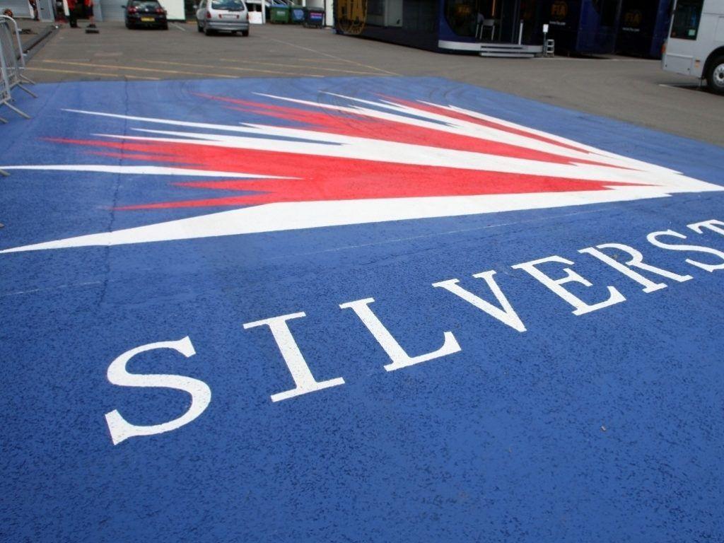 F1 fires warning shot at Silverstone