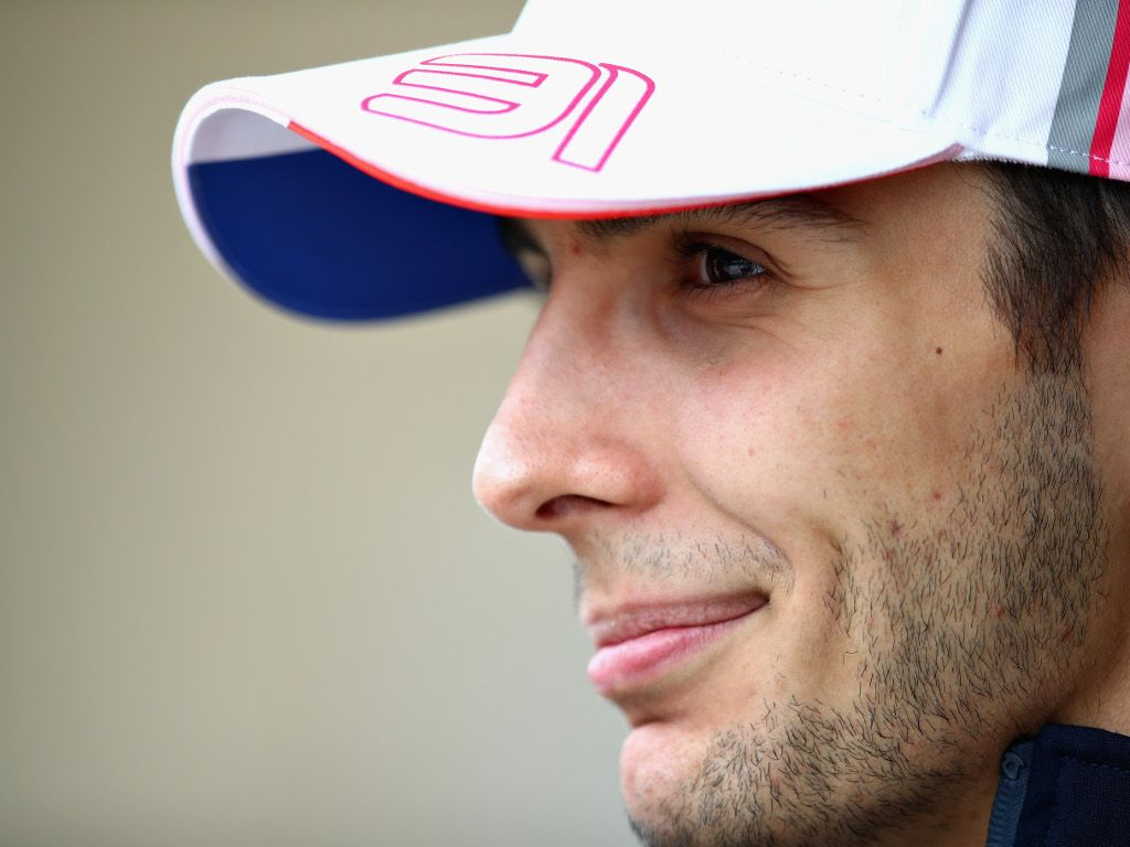 Esteban Ocon 'choosing not' to look outside F1