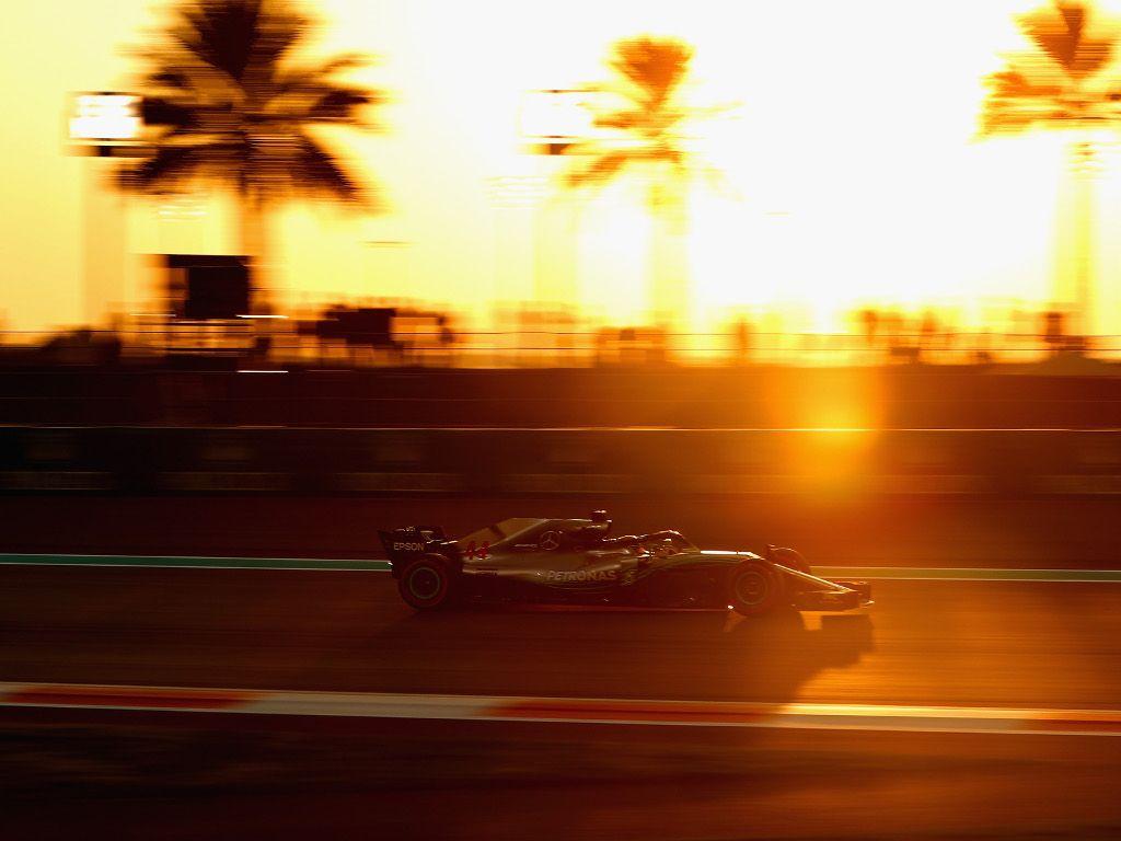 Qualy: Lewis Hamilton claims final pole of the season