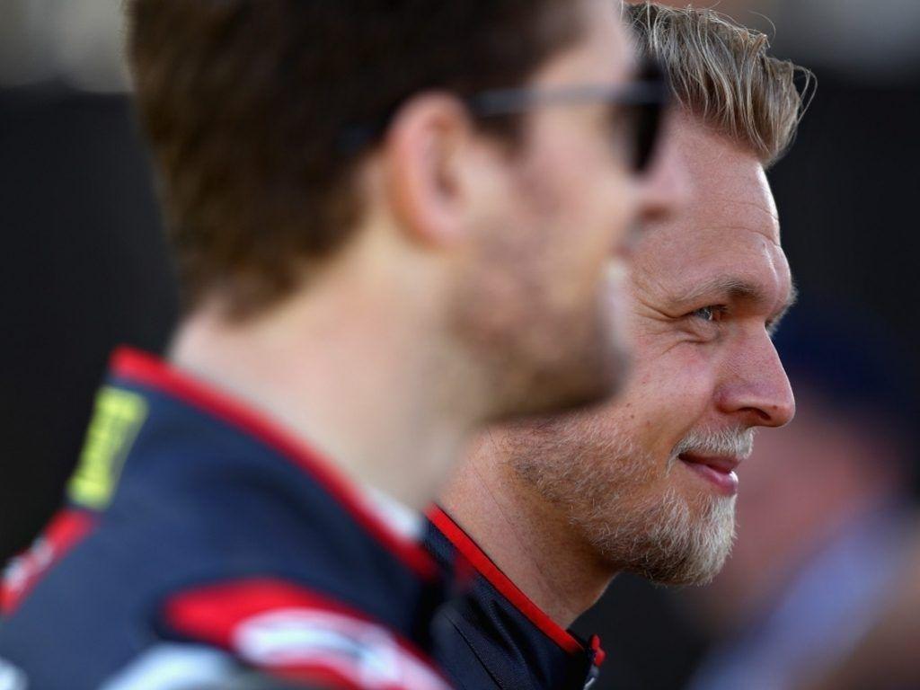 Romain Grosjean is faster than Jenson Button - Kevin Magnussen