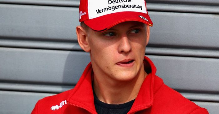 Nicolas Todt: Schumacher will not rush into Formula One.