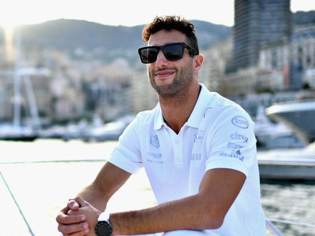 Daniel Ricciardo: Renault talk costs
