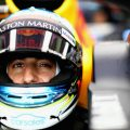 Renault 'flattered' by Red Bull ban on Daniel Ricciardo testing