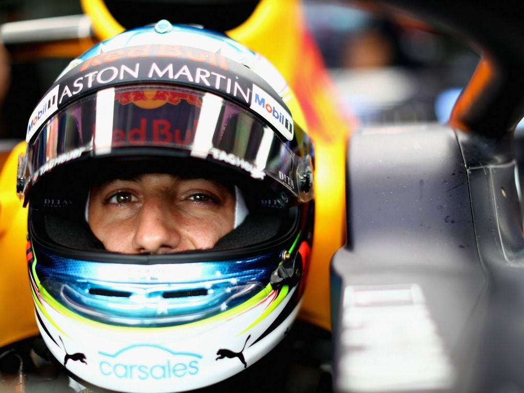 Renault 'flattered' by Red Bull ban on Daniel Ricciardo testing