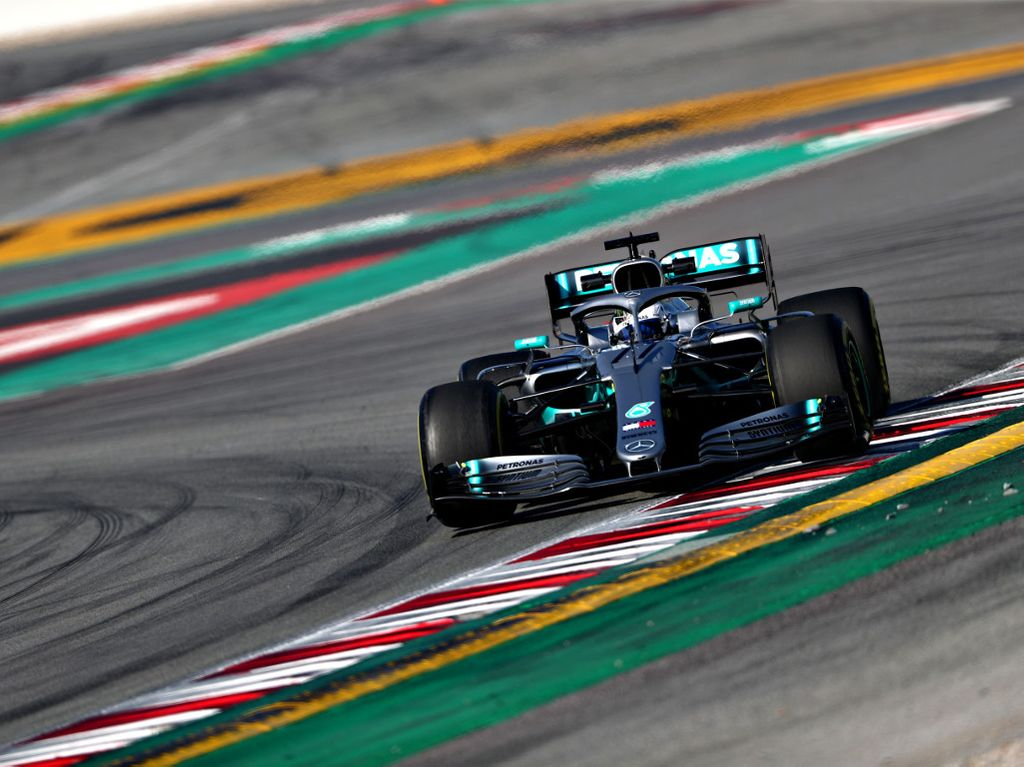 An upgrade is needed to completely solve the W10's handling issues says Valtteri Bottas.