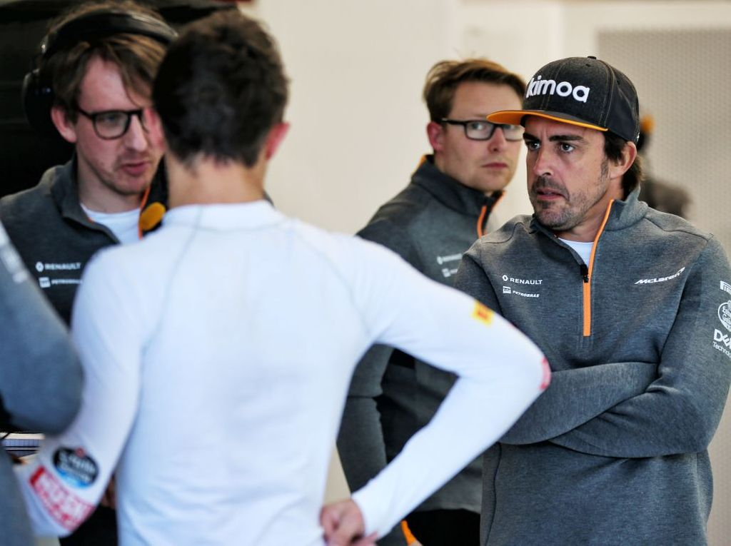 Fernando Alonso is impressed with Mclaren's new driver line-up.
