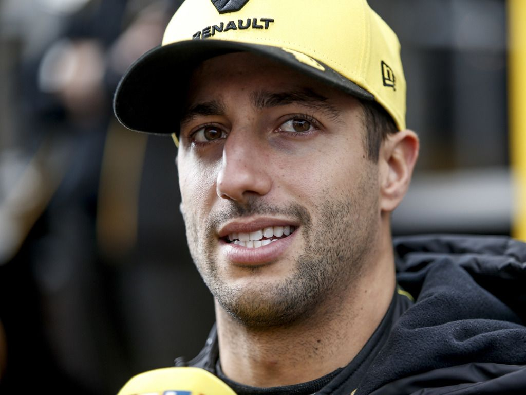 Daniel Ricciardo doesn't expect to beat Red Bull or any of the top three in Australia.
