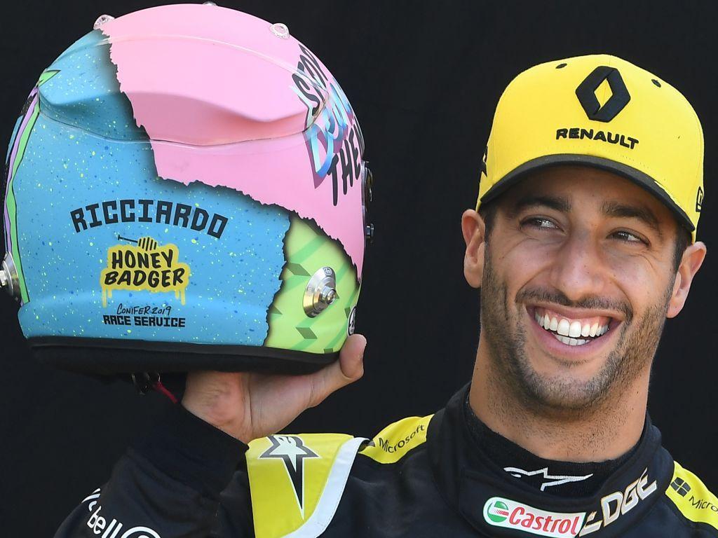 Daniel Ricciardo presents his 2019 helmet design.