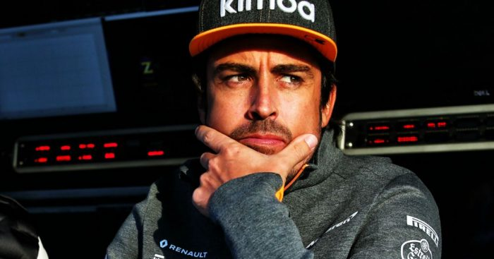 Fernando Alonso hits back at official F1 tweet