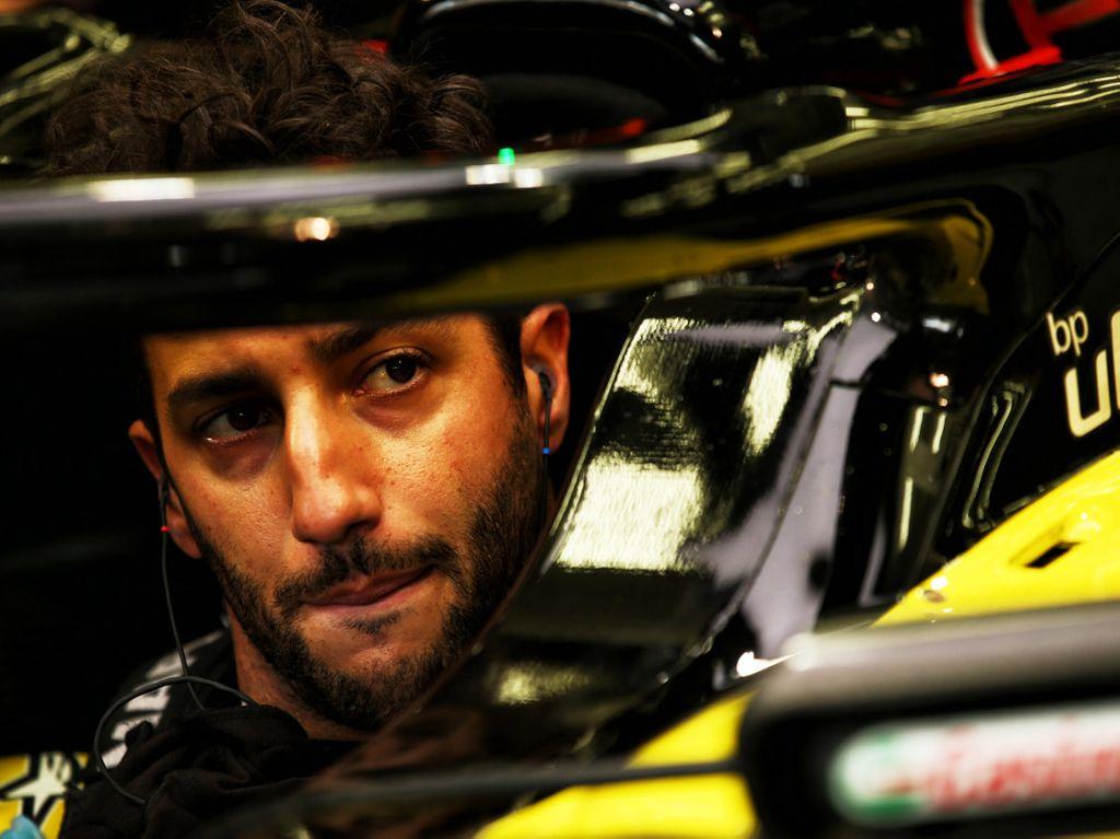 "Renault are not ""a million miles off"" claims Daniel Ricciardo"