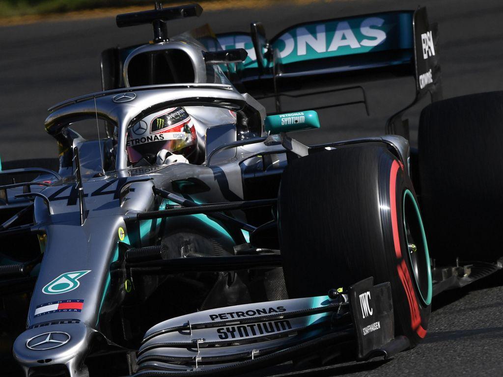 Lewis_Hamilton_red_soft_Pirelli_PA