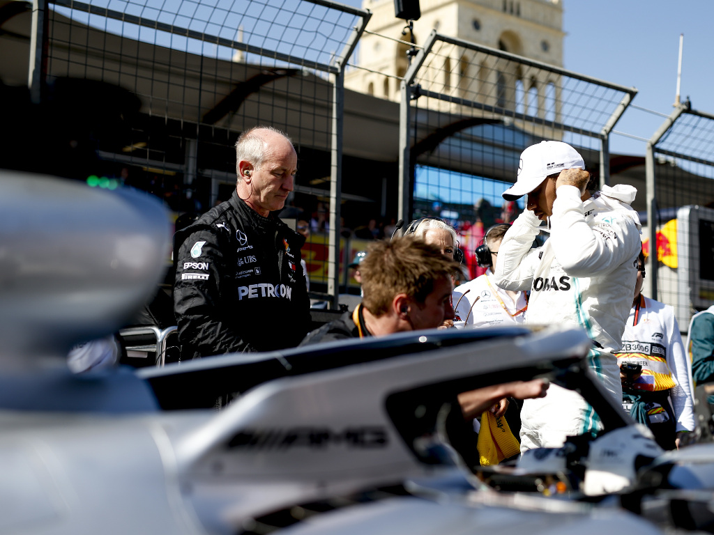 Lewis Hamilton not bothered by fastest lap point