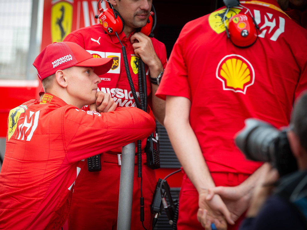 JV warns Ferrari 'will burn' Mick Schumacher