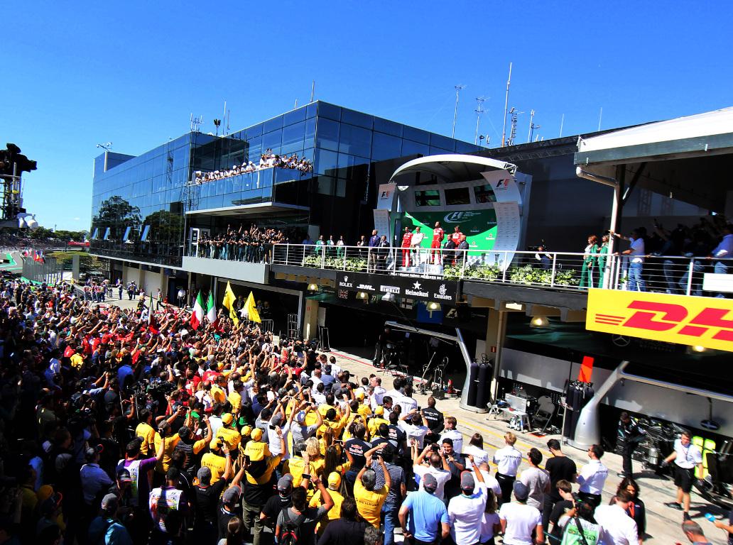 Sebastian-Vettel-Brazil-Interlagos-2017-PA