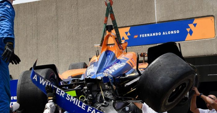 Fernando-Alonso-crashed-IndyCar
