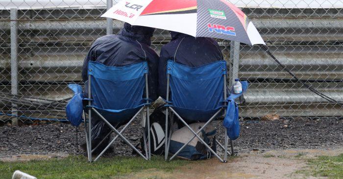 Silverstone-fans-rain-PA