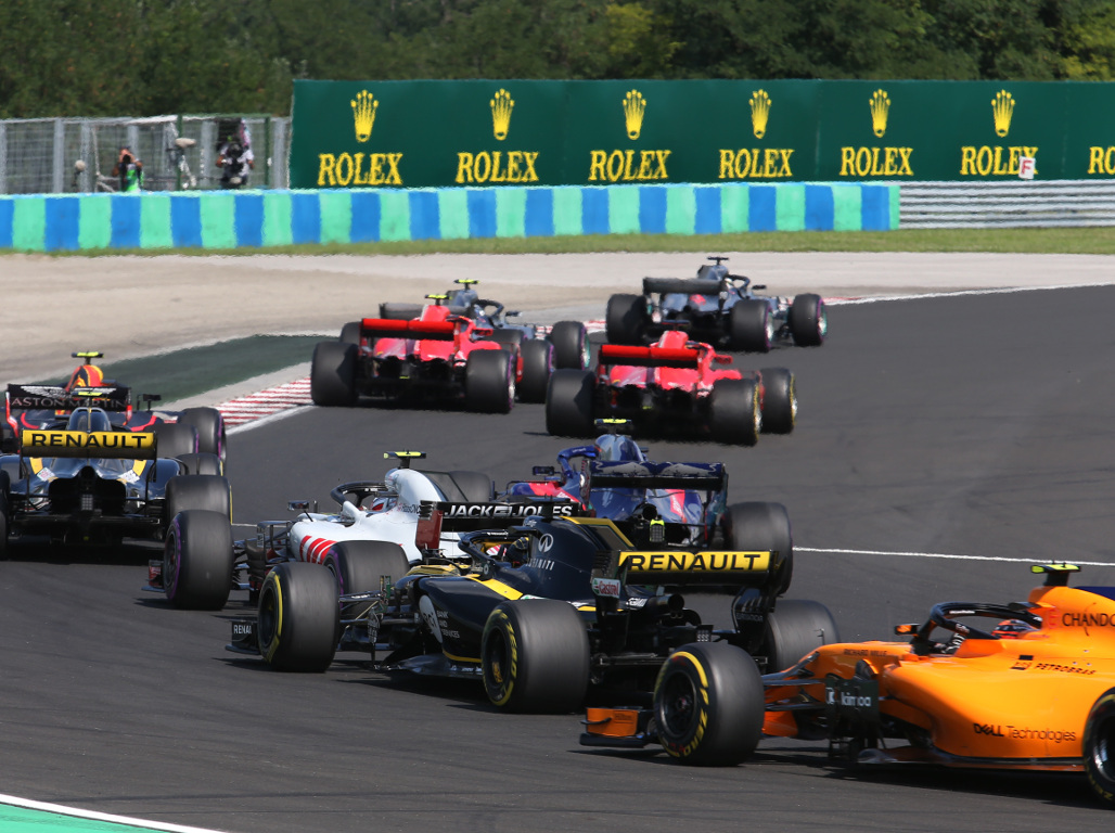 Mercedes leads Ferrari at the Hungaroring