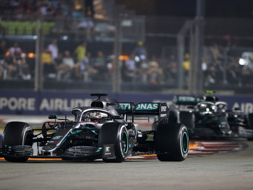 "Lewis Hamilton's impeding of Valtteri Bottas in qualifying for the Singapore GP was down to a ""miscommunication""."