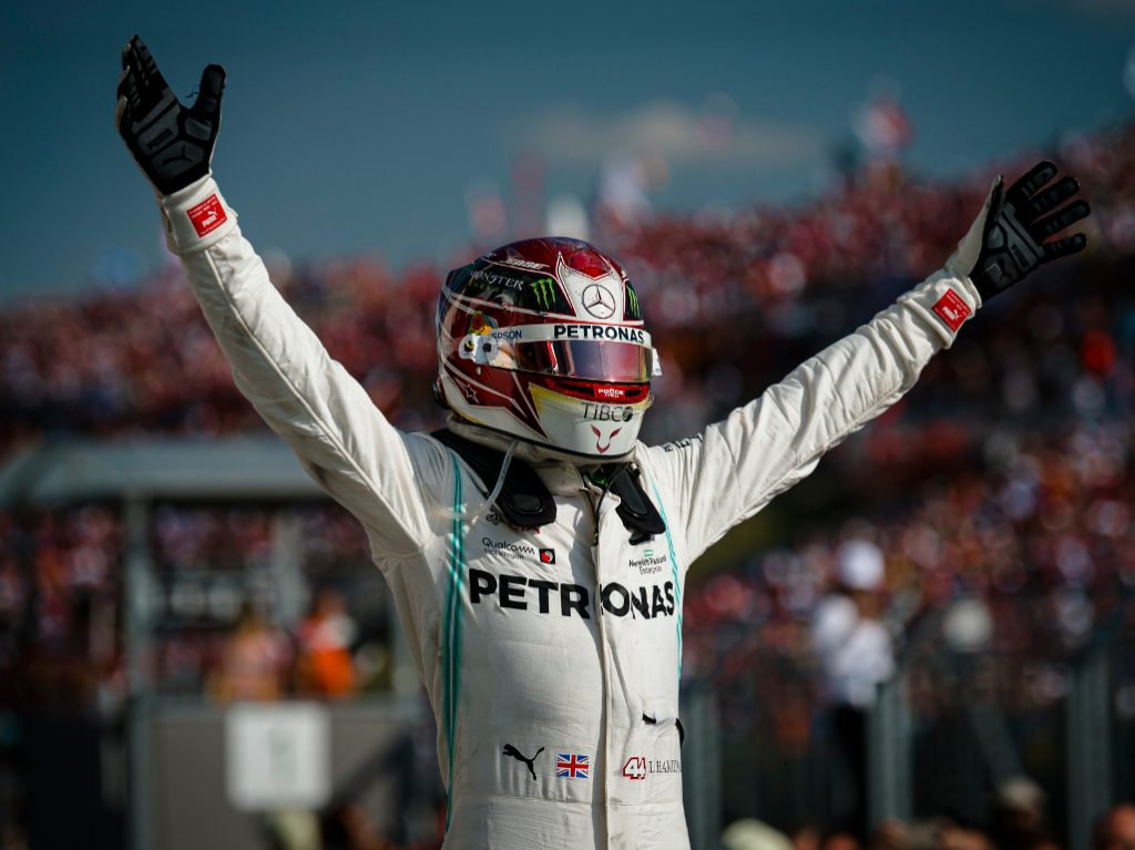 'Lewis Hamilton is rewriting the history of this sport'