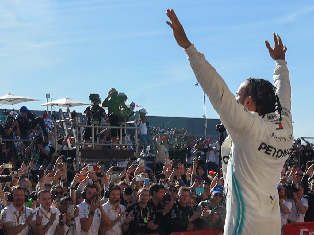 Lewis-Hamilton-celebrates-PA1