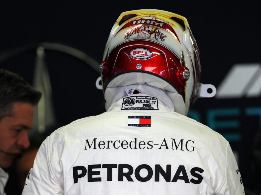 """Lewis Hamilton's career was going the """"wrong way"""" after first title says Rubens Barrichello."""