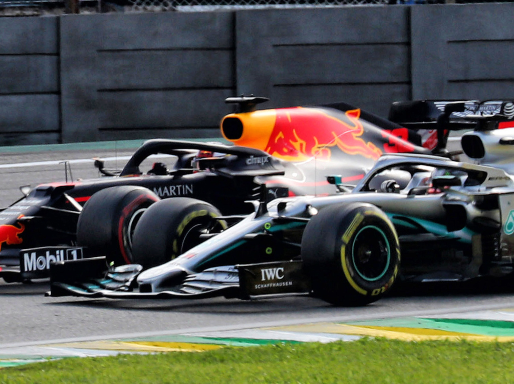 Max-Verstappen-and-Lewis-Hamilton-battling-PA