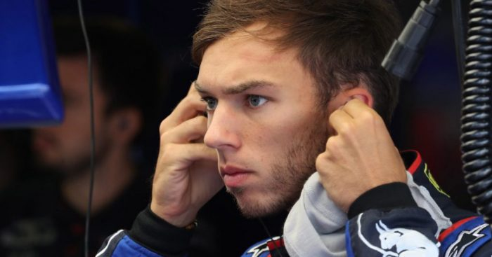 Pierre Gasly determined to keep Carlos Sainz at bay