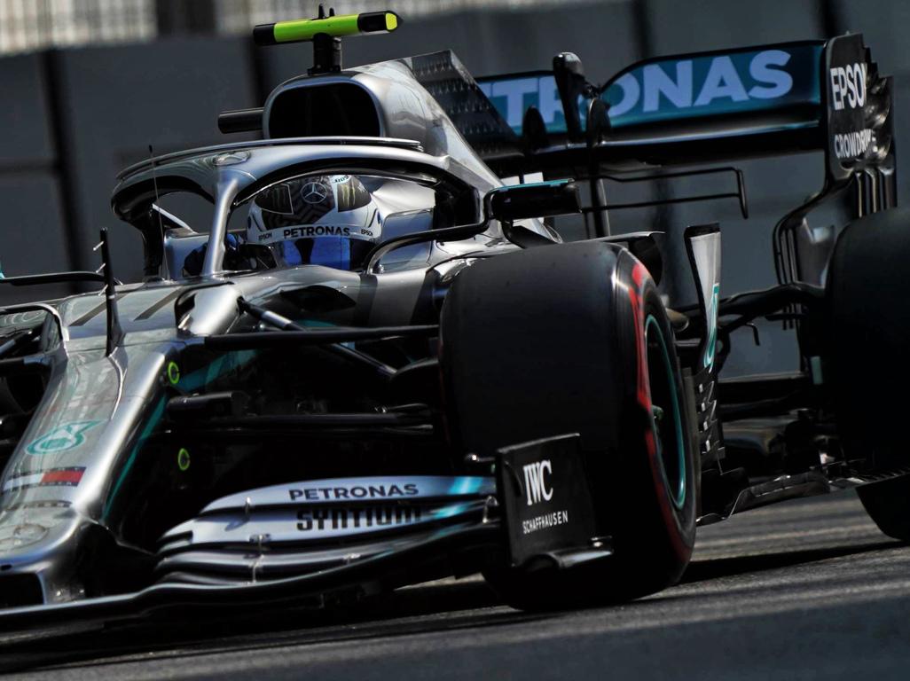 FP1: Bottas quickest while Ricciardo went bang