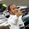Lewis-Hamilton-selfie-PA