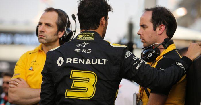 Daniel Ricciardo wants to build some morale at Renault.