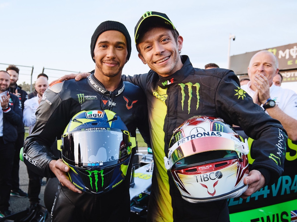 "Mercedes praise Valentino Rossi's ""meticulous"" approach to Valencia test."