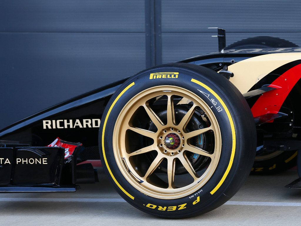 18-inch tyre tests delayed until 2021.