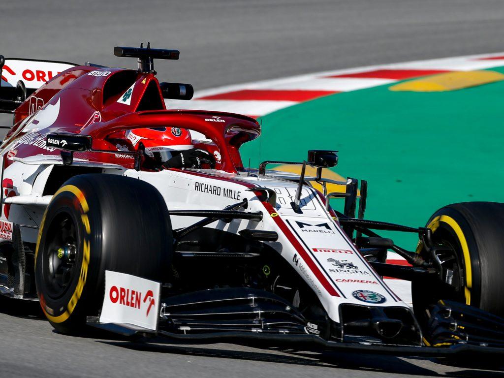 Robert Kubica-Alfa-Romeo1