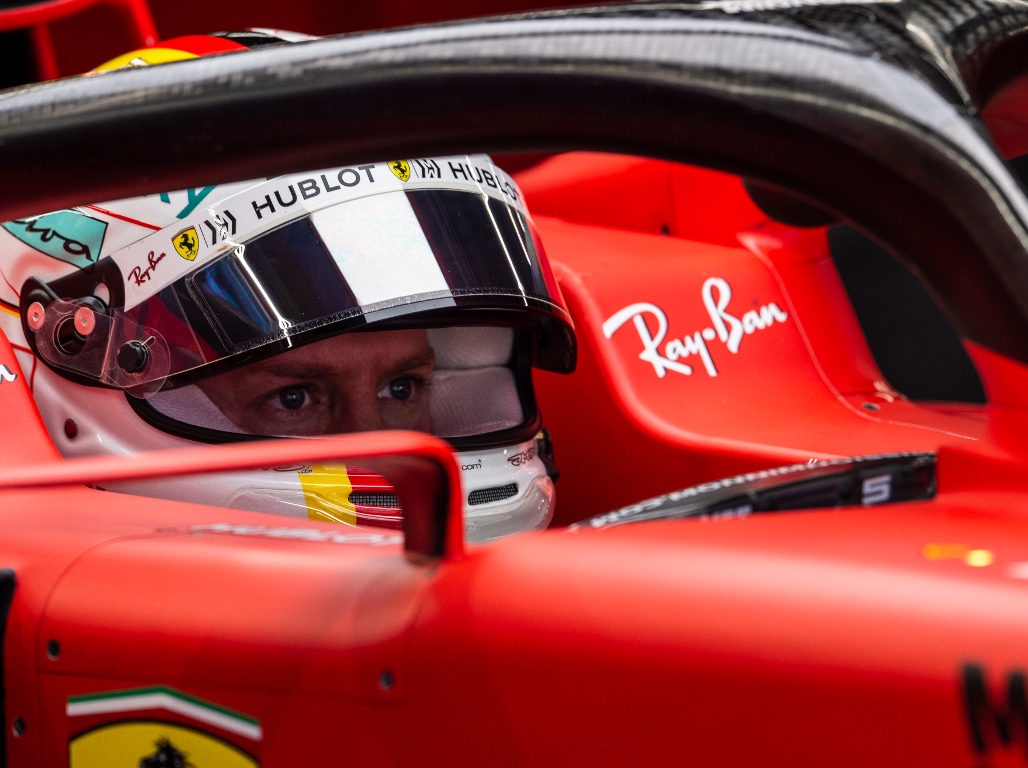 'Mercedes is at ease, Ferrari having to stretch'