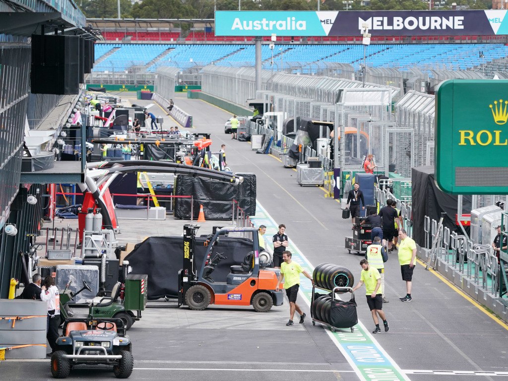 Melbourne Australian GP F1 paddock packing up PA