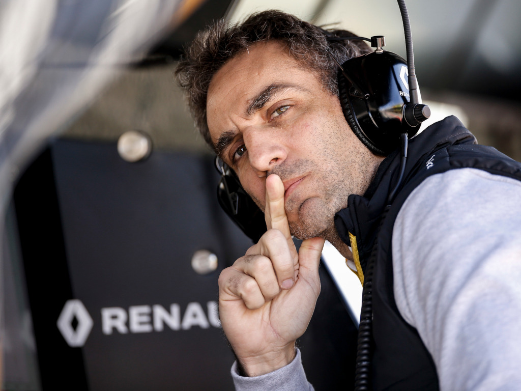 Renault boss perplexed by 'more' leaving questions