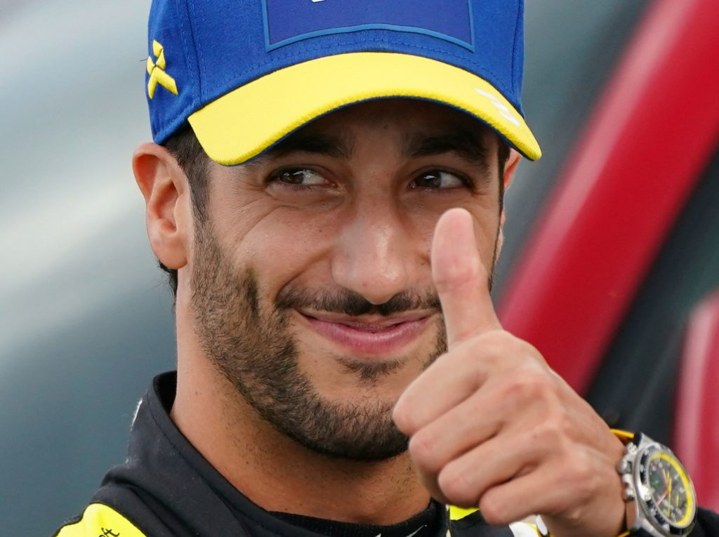 Daniel Ricciardo agrees pay cut, 2021 talks yet to begin