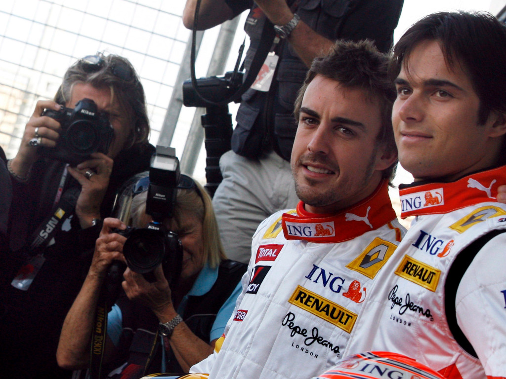 Fernando Alonso and Nelson Piquet Jr Pa 2008