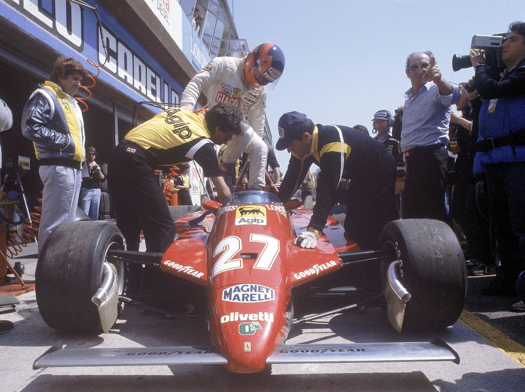 Nigel Mansell still troubled by Gilles Villeneuve's fatal crash.